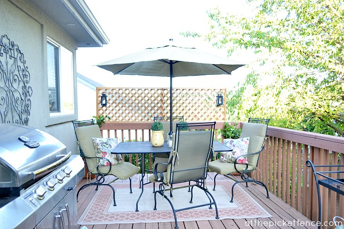 lattice_privacy_screen_on_deck www.atthepicketfence.com