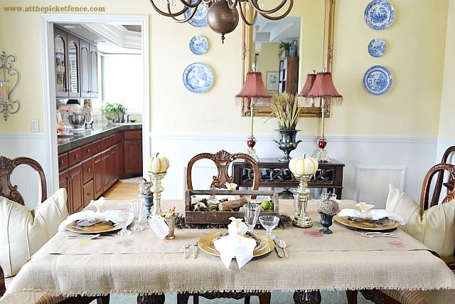 Thanksgiving Tablescape, Corn Husk Flowers and a Linky Party!