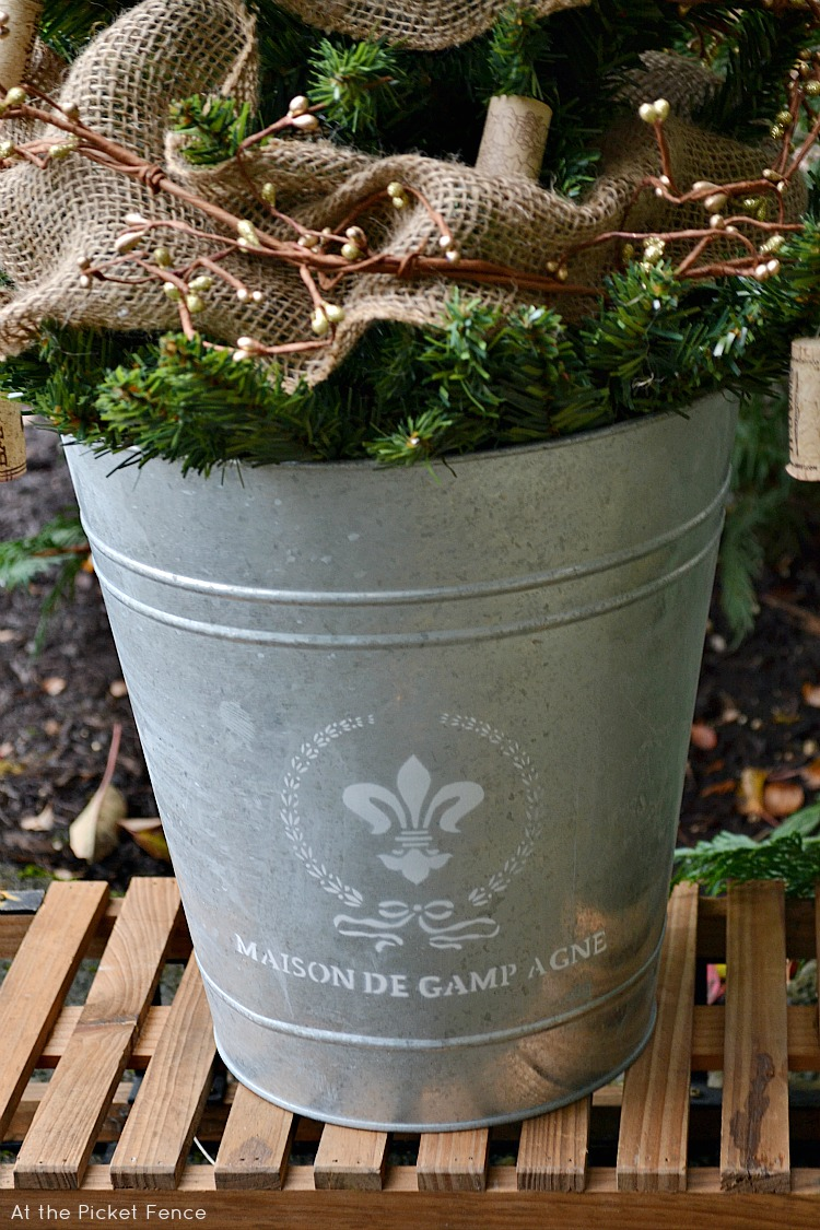 French Bucket Tree Stand