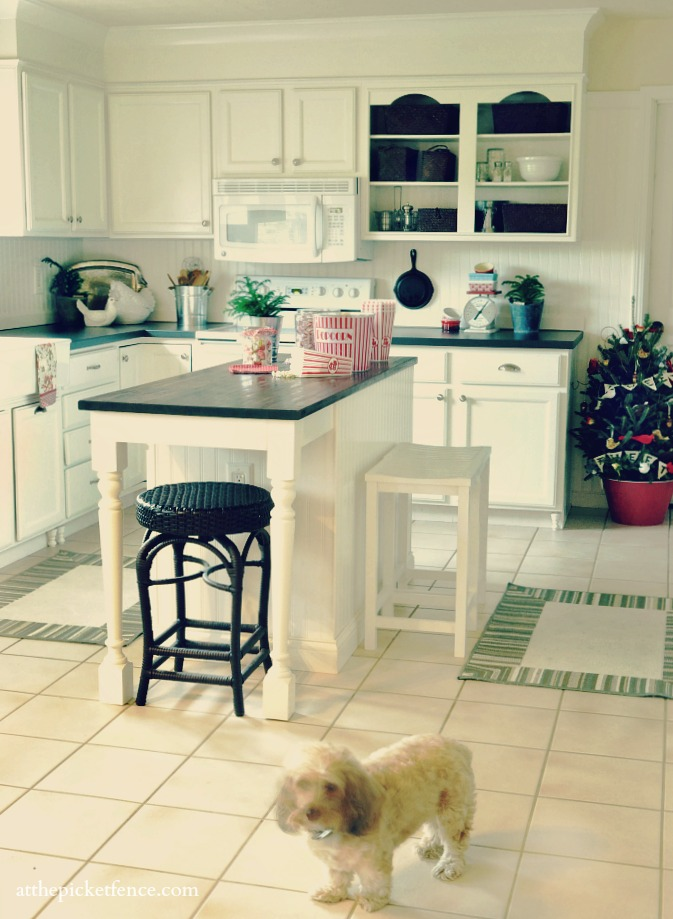 Christmas 2012 Kitchen At The Picket Fence