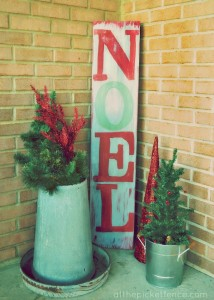 Miss Mustard Seed Milk Paint NOEL Sign