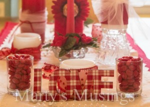 Valentines-Centerpiece-from-Martys-Musings-11