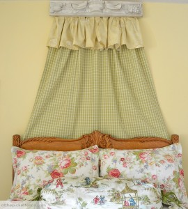 DIY cornice over bed At the Picket Fence