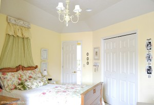 Vintage Bedroom At the Picket Fence