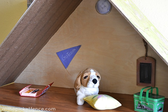 american girl dollhouse attic2 at the picket fence