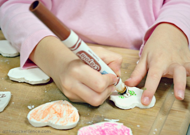 coloring clay heart magnets
