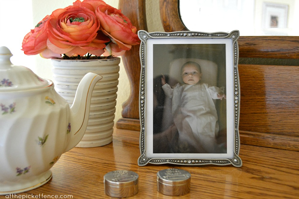 vintage decor at the picket fence
