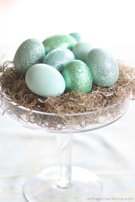 How to make glittered eggs www.atthepicketfence.com