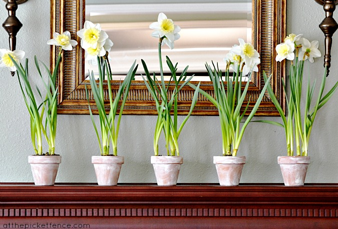 spring mantel At the Picket Fence