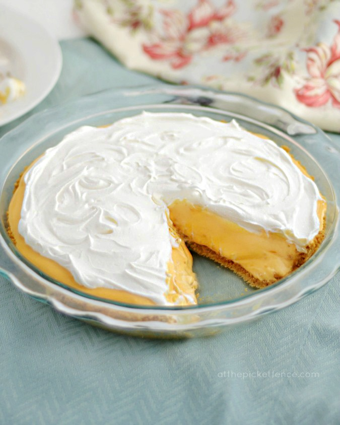 No Bake Orange Creamsicle Pie www.atthepicketfence.com