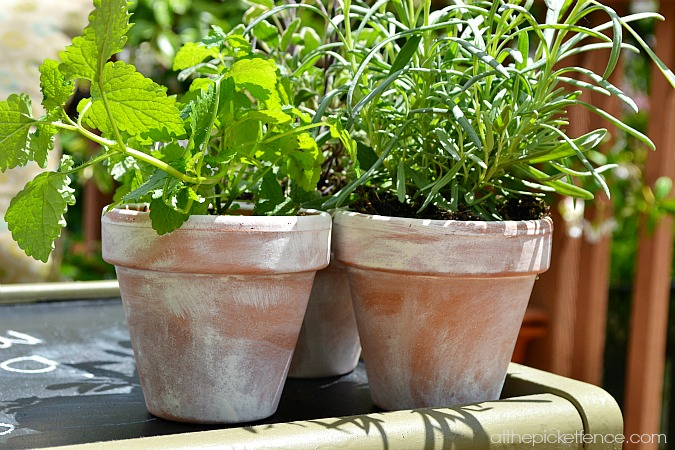 aged terra cotta pots www.atthepicketfence.com
