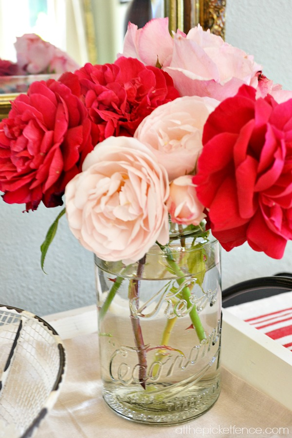 roses_in_mason_jar atthepicketfence.com