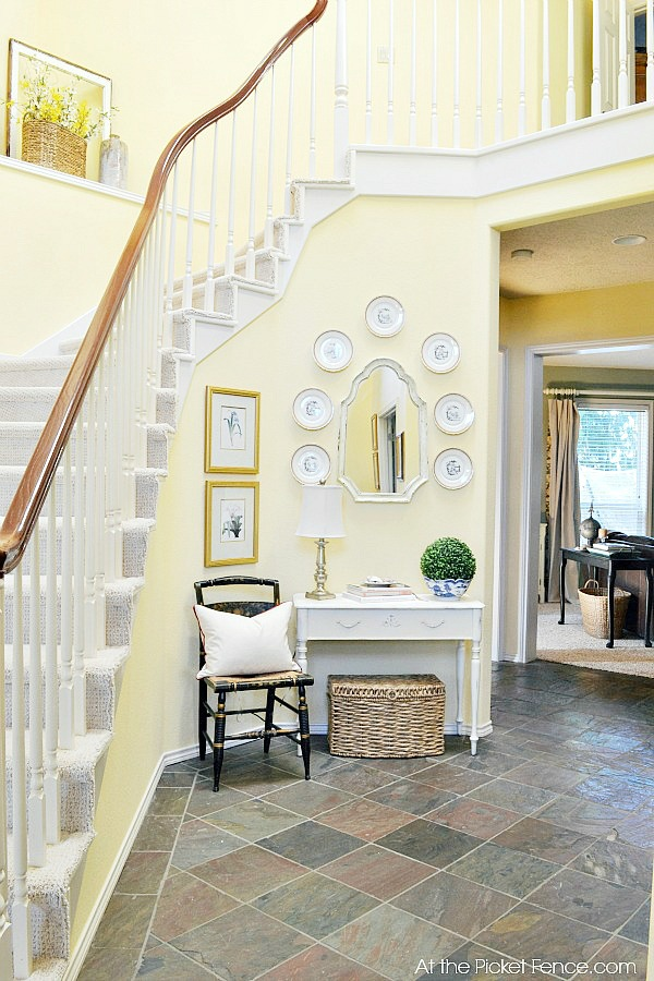 Curved_staircase_foyer_makeover atthepicketfence.com