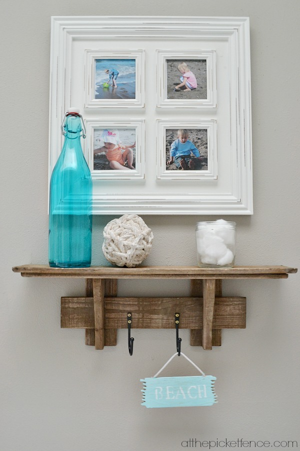 beach-inspired-wall vignette atthepicketfence.com