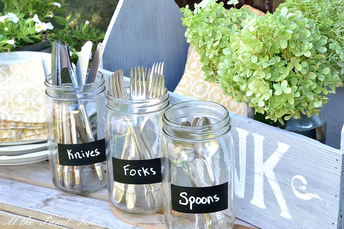 mason_jars_with_chalkboard_labels atthepicketfence.com
