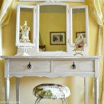 Vintage Vanity table At the Picket Fence