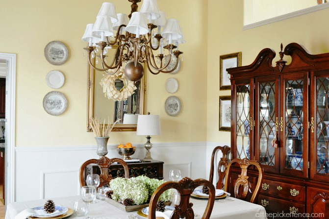 Traditional dining room decorated for fall from atthepicketfence.com