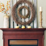 picket-fence-wall-art-fall-mantel atthepicketfence.com