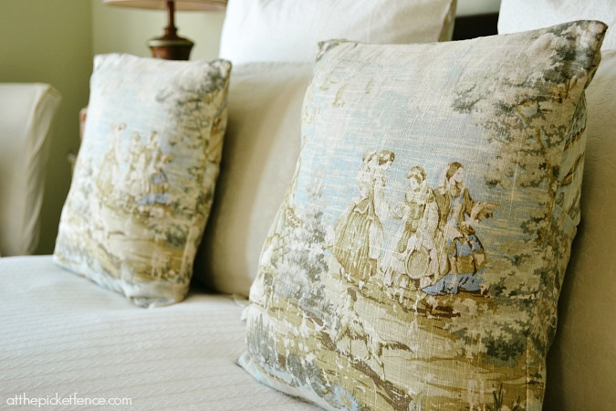 toile bedroom pillows atthepicketfence.com