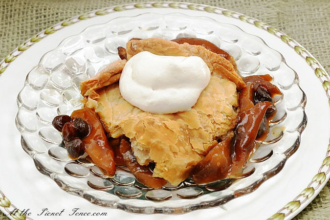 apple-pan-dowdy-dessert from atthepicketfence.com