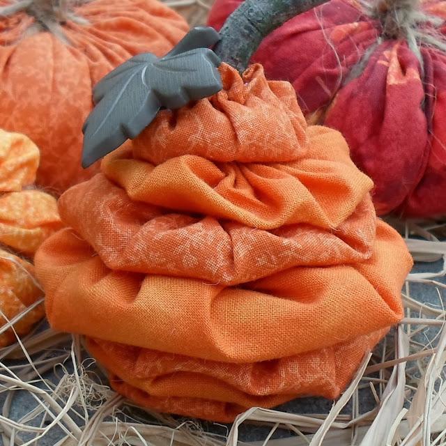 yo-yo pumpkin 063