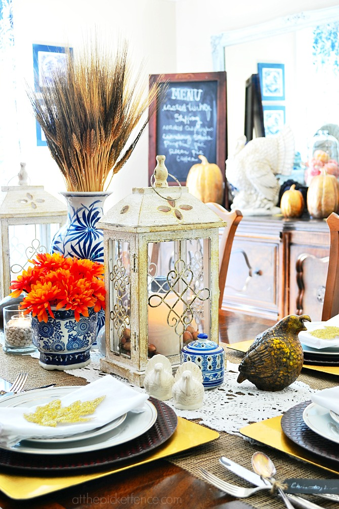 Blue and White Dining Room Thanksgiving Tablescape