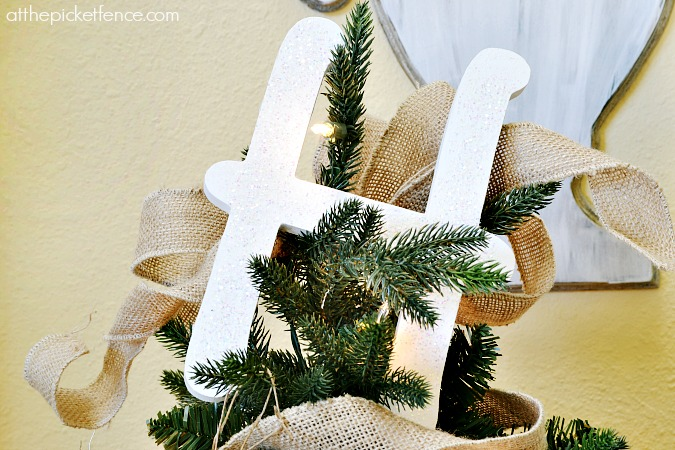 monogram tree topper from atthepicketfence.com