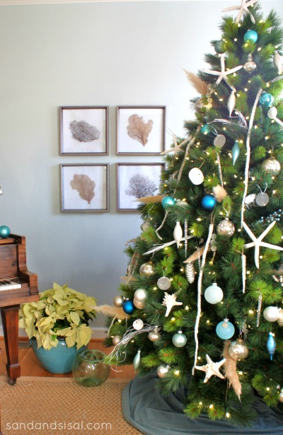 Coastal-Christmas-Tree-by-sandandsisal.com_