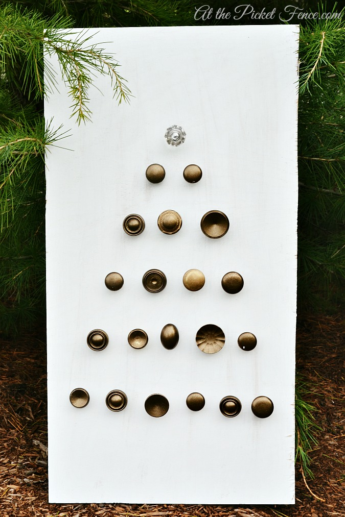 re-purposed cabinet knobs Christmas tree from atthepicketfence.com