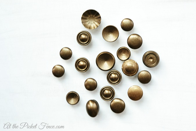 spray painted cabinet knobs