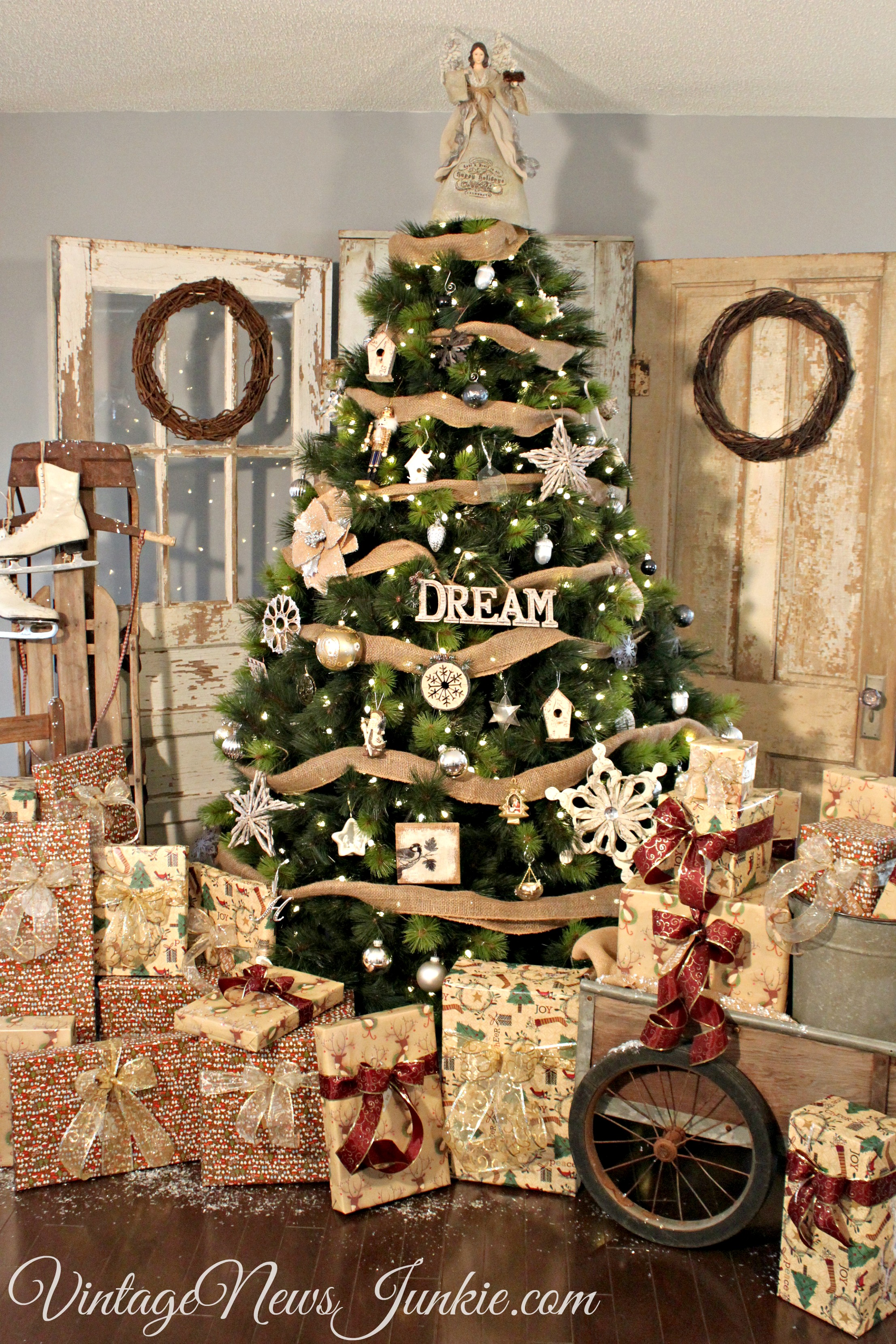 12 Creative Christmas Tree Ideas (and a Giveaway) - Thistlewood Farm
