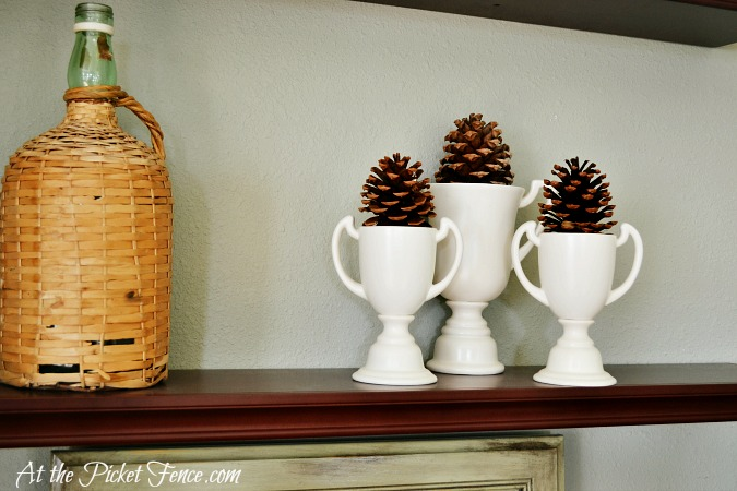 decorating with pine cones atthepicketfence.com