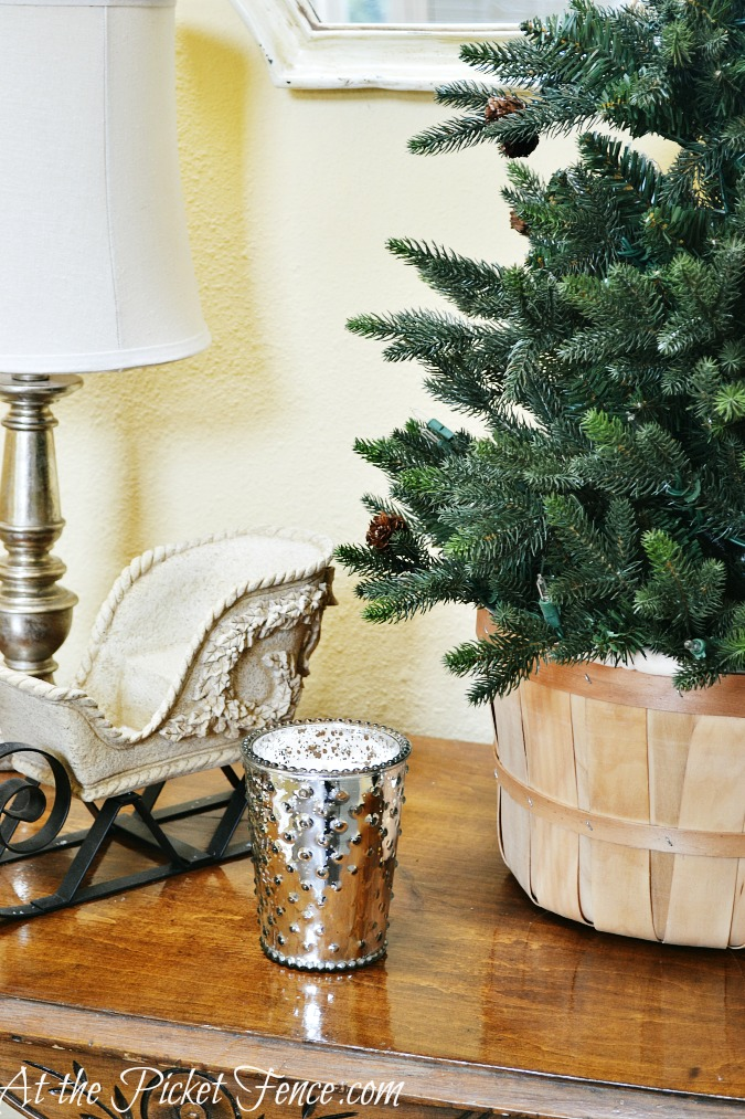 winter table decorating from atthepicketfence.com