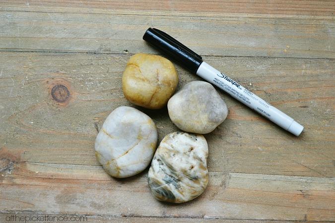 making Ebenezer stones atthepicketfence.com