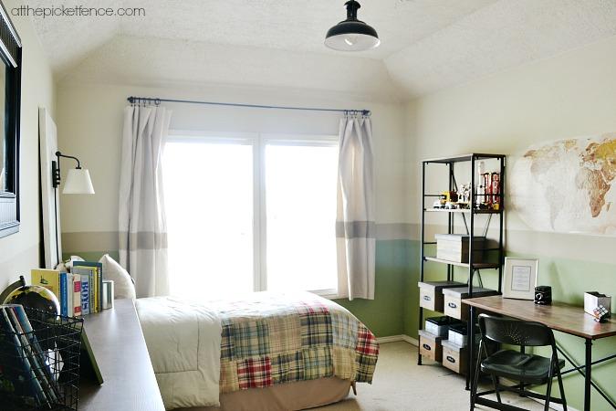 tween-boy-bedroom