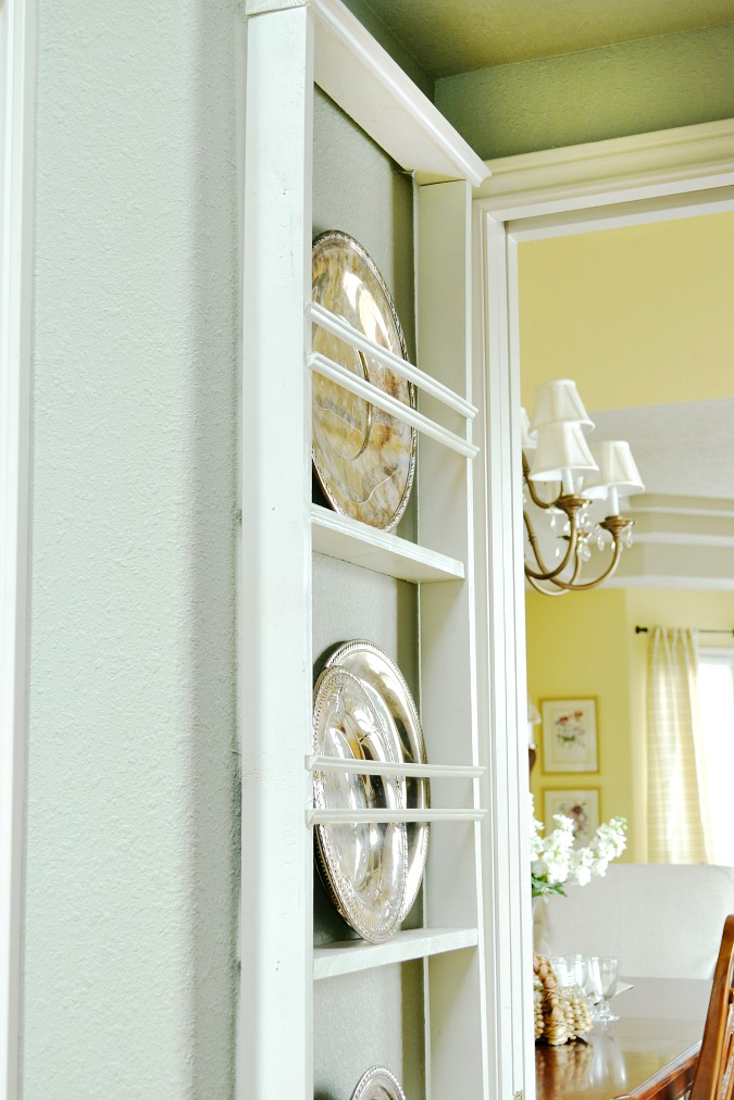 DIY hanging wall plate rack & DIY Wall Plate Rack - At The Picket Fence