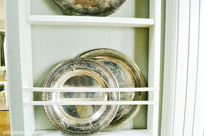 plate rack on wall