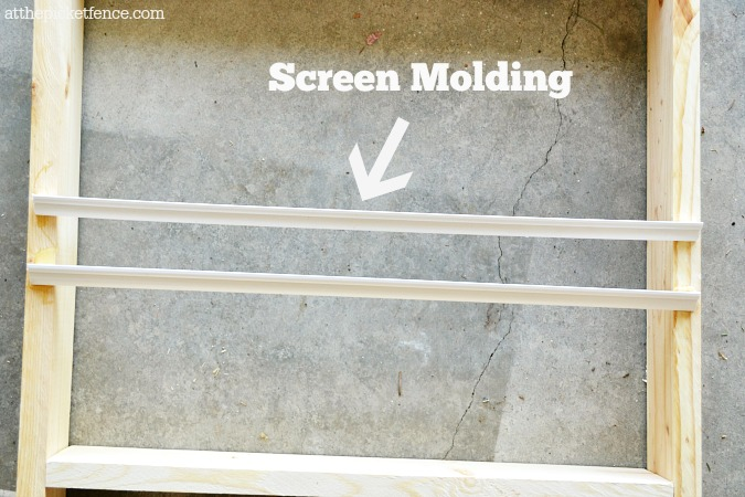 screen molding detail