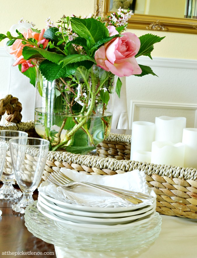 summer dining room centerpiece