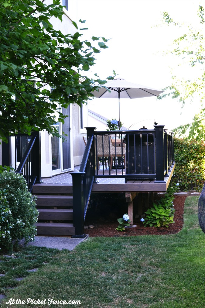 Azec decking makeover atthepicketfence.com
