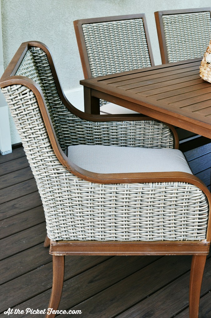 wicker outdoor patio set atthepicketfence.com
