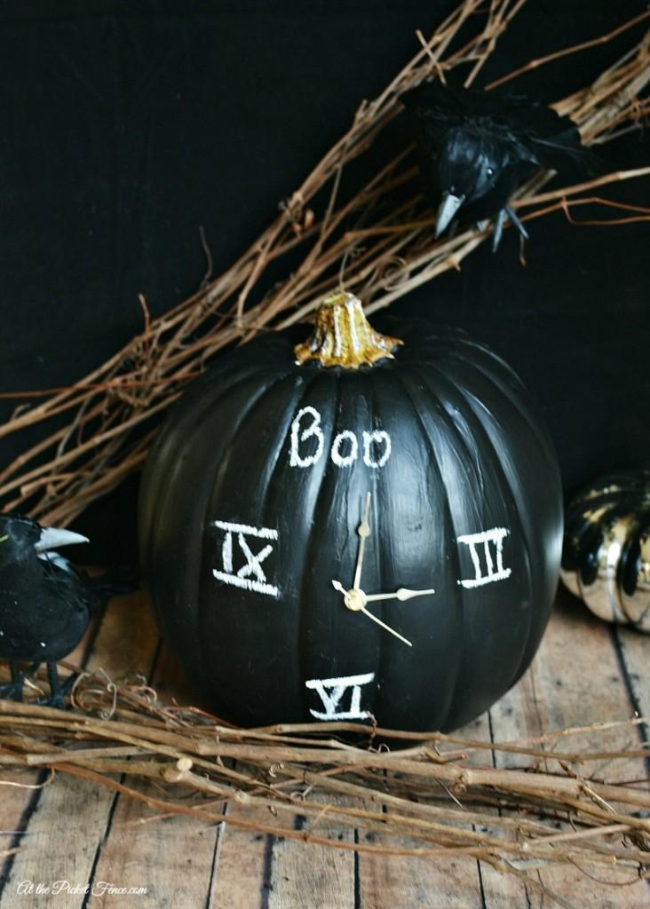 chalkboard clock pumpkin atthepicketfence.com