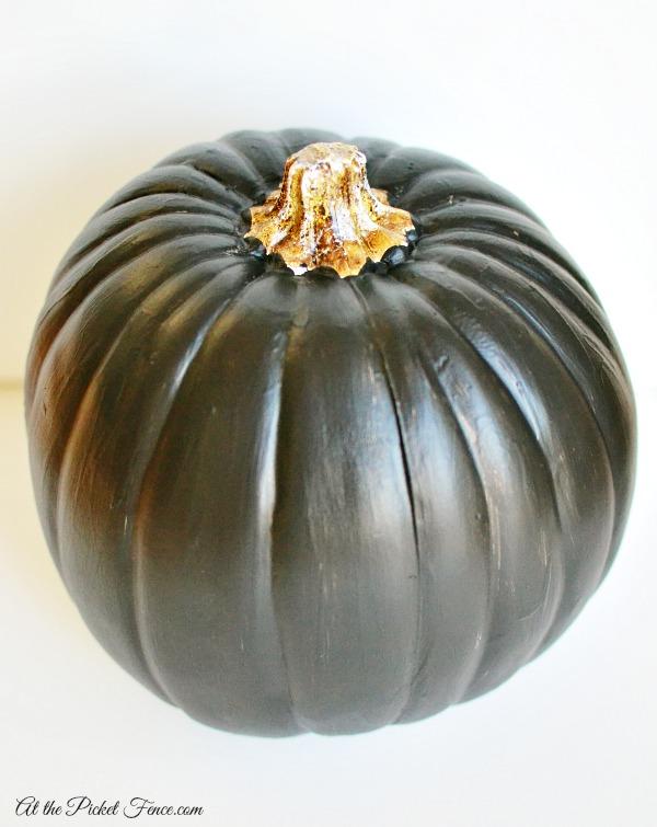 chalkboard pumpkin atthepicketfence.com