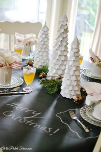 Christmas brunch or breakfast tablescape