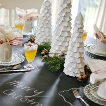 Christmas brunch or breakfast tablescape