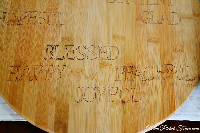 faux engraved lazy susan or cutting board with words of thanksgiving atthepicketfence.com