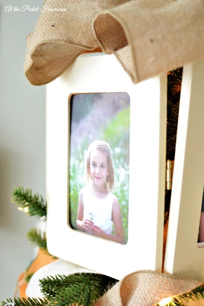 frame2 for hinged tree topper
