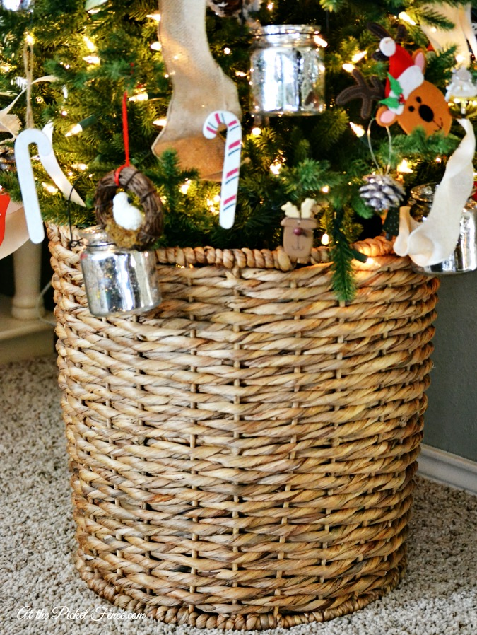 use a big basket as a tree stand