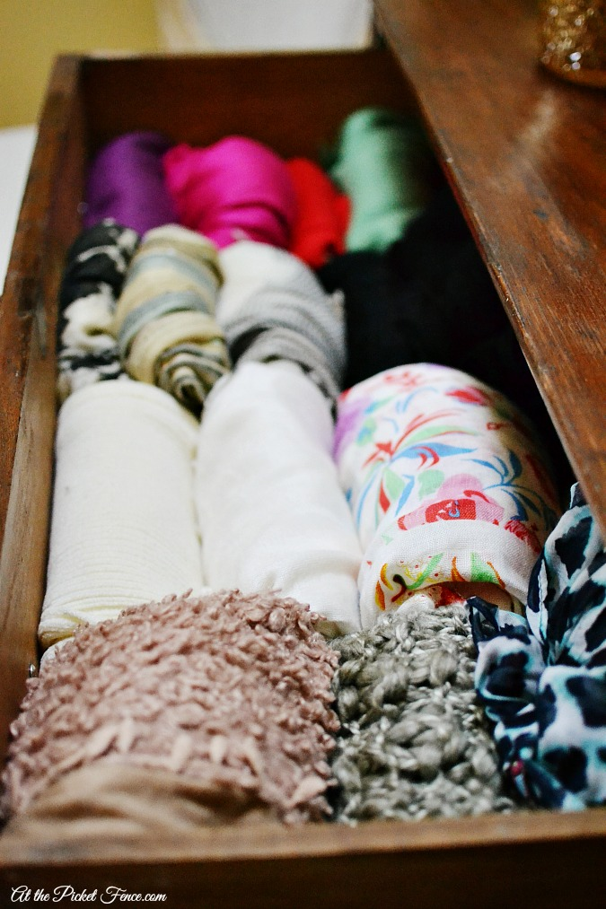 organized scarves in drawer atthepicketfence.com