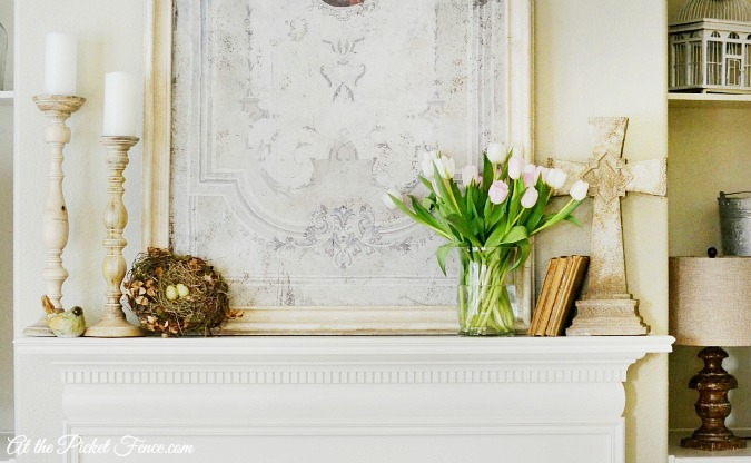 Spring mantel decor atthepicketfence.com